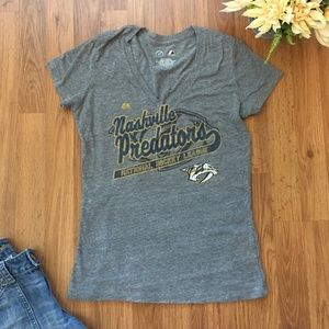 NASHVILLE PREDATORS Womens Cut Majestic T Shirt